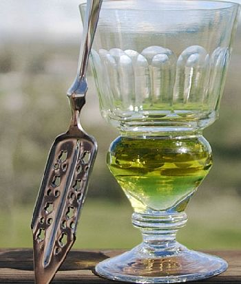 absinthe-glass350